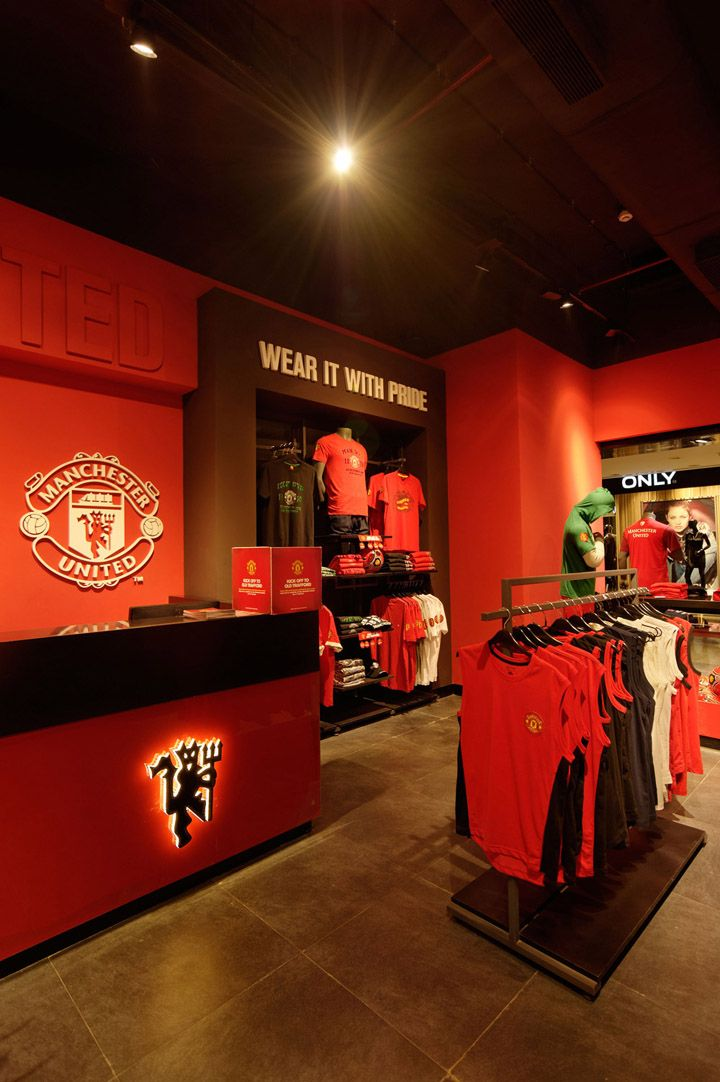 Manchester United store. I need to go there. Best soccer team ever.