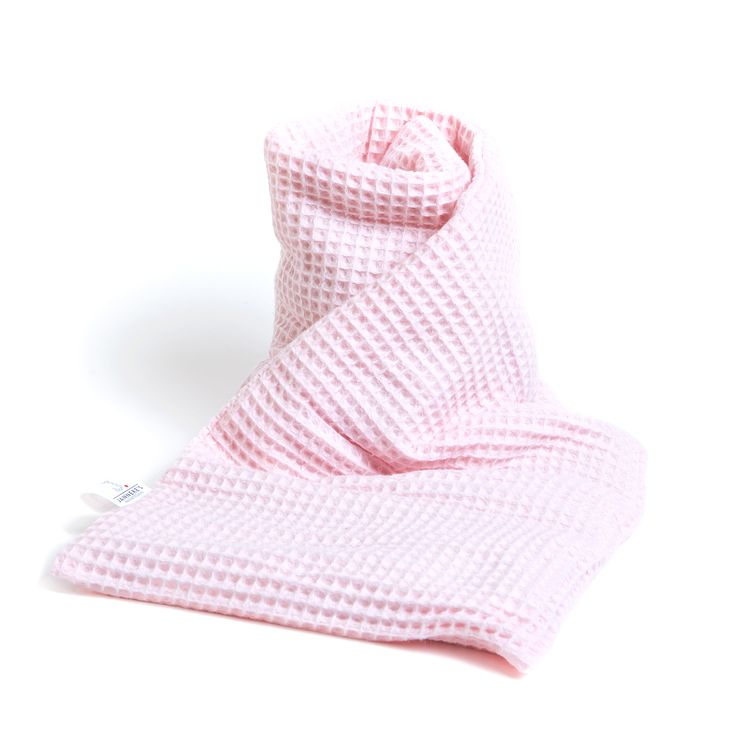 Verwen de mama to be alvast met een heerlijke warmtesjaal. Warmte helpt bij pijnlijke borsten, harde buiken of om simpel te ontspannen op de bank met heerlijke warmte. Veel aandacht gaat uit naar de baby, maar laten we de mama's niet vergeten. Ze verdient haar eigen verwenmoment. En ze krijgt de warmtesjaal geleverd in mooie geschenkverpakking. Kijk snel in onze webshop www.warmtesjaal.nl. #kraamcadeau #kraamfeest #mamatobe #zwanger #welness