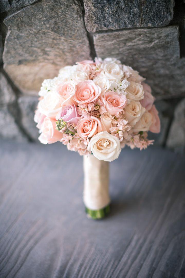 El ramo redondo es el más tradicional #WeddingBroker