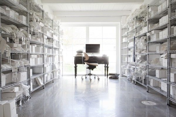 I feel like this is what the inside of my head looks like lol...at least it's organized!Interior Design, White Mixed, Perfect Black, Thewhitebrief Sweden, Black And White, Interiors Design, Style Interiors, Dos Families, Correos Electrónico