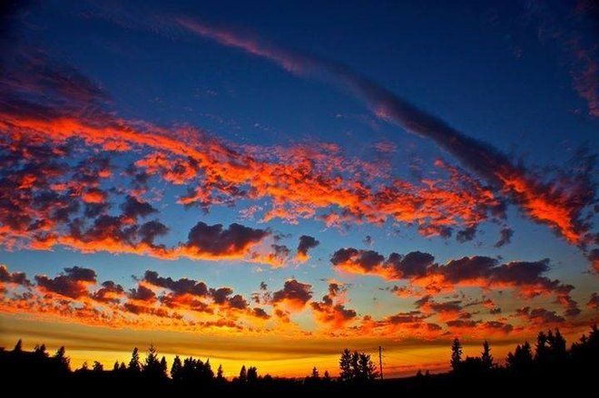 'Cotton candy' clouds make for brilliant Seattle area sunset