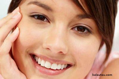 kalautau.com - Menurut beberapa penelitian dan analisis yang dilakukan oleh para dokter dan peneliti, sering tersenyum dapat meningkatkan kesehatan fisik...