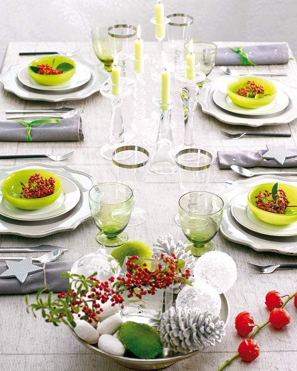 Bright and colorful Christmas table decorations