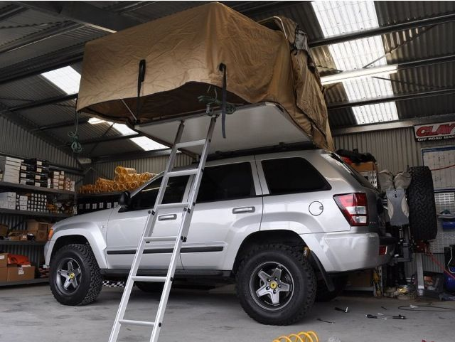 Built Jeep Grand Cherokee Wk With Roof Top Tent By