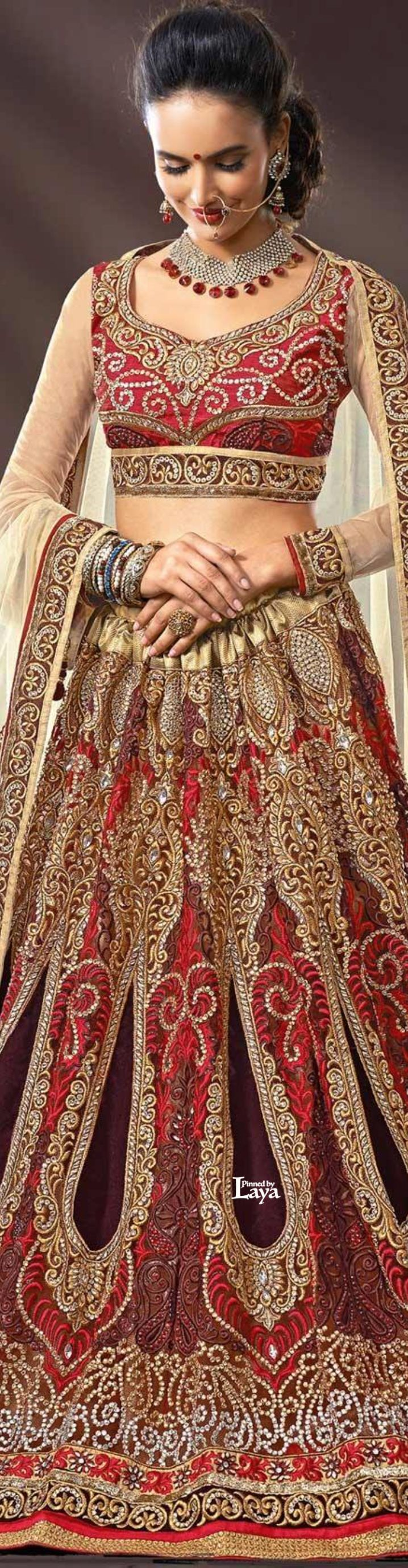 Beautiful BRIDAL Lehenga for the special day. #bride #brides #bridal #indianbride #indianwedding #wedding #marriage #india #photography #lehenga #lehnga #lehngha #choli #outfit #couture