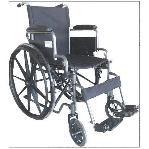 Silla de ruedas S-220 supereconómica Silla de ruedas plegable. Los reposabrazos extraíbles. Reposapies extraíbles. Reposapies graduables en altura. Tapicería de Nylón acolchado. Ruedas macizas o neumáticas a elegir. Tallas : 40-43 Y 46cm ancho de asiento. Anchura total : +20cm de la talla. 16 cm más de la talla con rueda pequeña. Peso de la silla: 19 Kg. Accesorios : Reposapiernas elevables Más información en: http://www.sci-geriatria.com/catalogo/sillas-ruedas/plegables/acero/s-220/