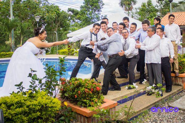 Mejor fotógraf para matrimonios en Villavicencio www.arnicoestudio.com