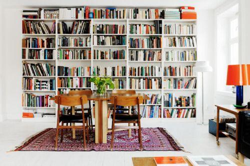 • white bookshelves (via La maison d'Anna G.)