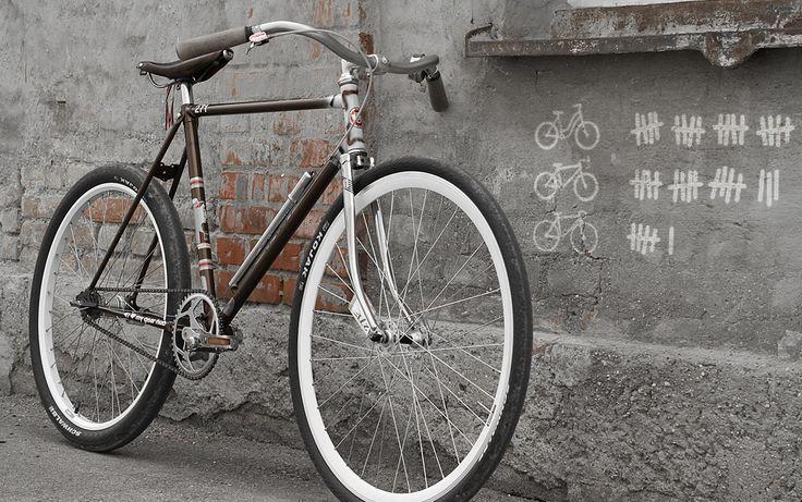 GARAGE 271 vintage bicycles & custom motorcycles - 1973 RIXE GENTS RACER 26/28 INCH