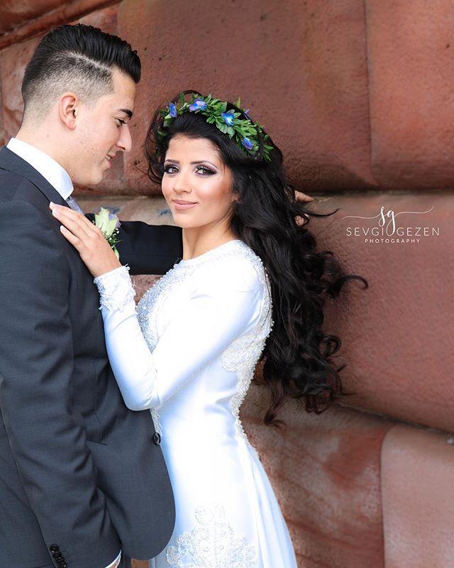 """💙💙💙 @_ze1iha  #photoshooting #dreamteam #happy #weddingphotography #couplegoals #weddingdress #bride #groom #love #couplegoals #lovestory #smile #bridestyle #weddingshoot #photography #mrandmrs #bridalhair #somuchlove #beauty #saymashallah #würzburg #frankfurt #instagood #picoftheday #sevgigezenphotography  Hair & Make up: @sahaara_by_gulhan"" by @sevgigezenphotography. #eventplanner #weddingdesign #невеста #brides #свадьба #junebugweddings #greenweddingshoes…"