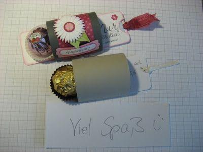 Endlich habe ich es geschafft. Hier kommt nun die Anleitung für diese Verpackung:      Das sind Maße für das Papier bzw. Karton      Auf de...