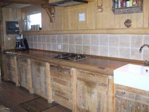 Landelijke keuken van Logbuilding.