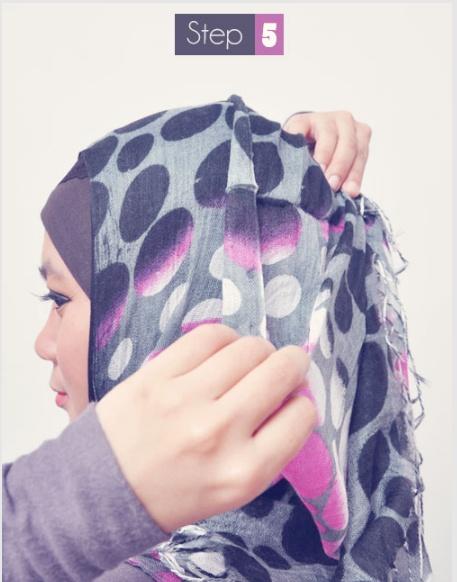 semua tentang model kreasi hijab sudah dibahas di http:www.caramemakaijilbab.info