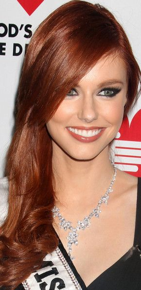 Alyssa Campanella's gorgeous red locks and beautiful makeup.
