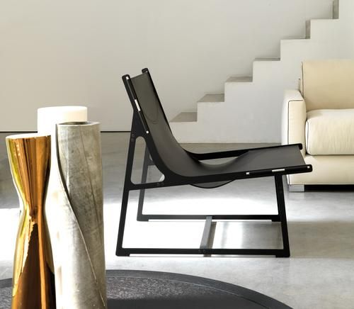 Vibieffe Skin Chair from LOMI Design