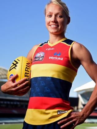 Crows AFLW player Erin Phillips opens up about her wife Tracy Gahan and new twins | Adelaide Now