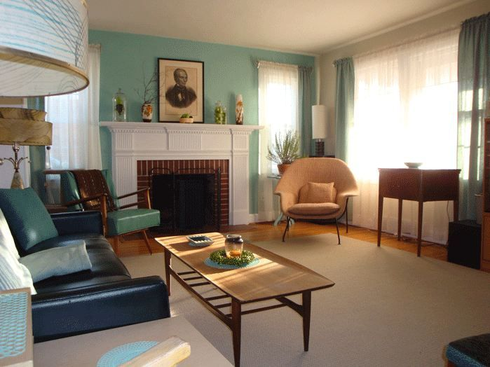 Hillarys Glowy 1949 Tiffany Blue Living Room