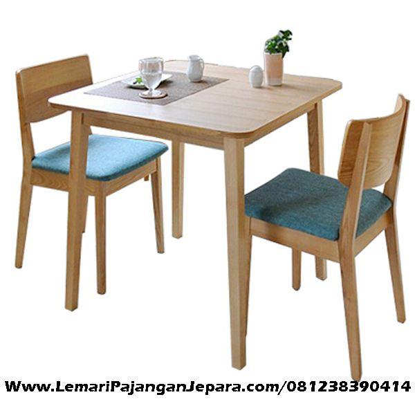 Jual Set Meja Makan Minimalis Merupakan produk Kursi Cafe Model Minimalis dengan Meja Makan Minimalis Yang di desain untuk 2 Kursi nyaman Untuk pelanggan
