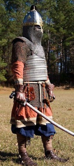 SCA Rus/Varangian Kit. The Vikings who served the rulers of Constantinopel, like Harald Hardrada, did indeed have such incredibly expensive armour, since Byzentium was extremely rich, due to beeing the trading hotspot, between east and west. We shall not forget, that it were the Vikings, who supplied Europe with the treasures of Asia!