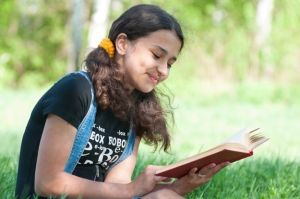 Online Book Club Encourages Teen Readers to Share