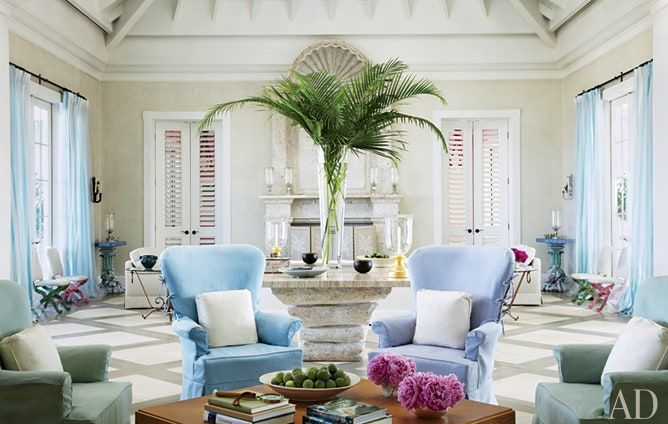 An Elegant Florida Escape Beach Living Room Florida Living Room Beach Theme Living Room