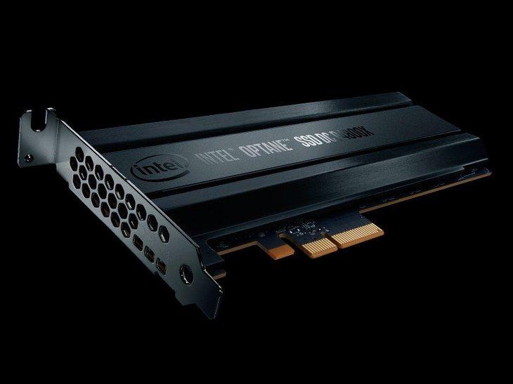 コンピューターのメモリーを革新する、というインテルの大胆なプランは成功するか|WIRED.jp   3D XPointはフラッシュメモリーの約1,000倍のスピードがあり、DRAMの約10倍のデータを格納できるというのだ。