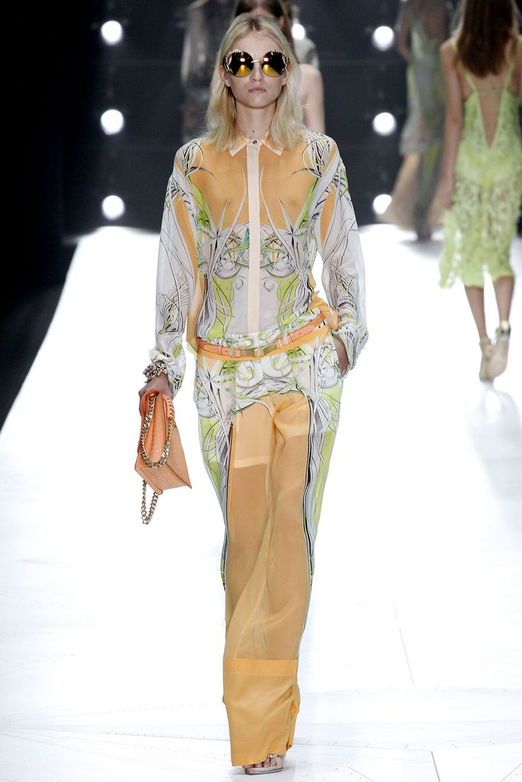 trail running shop paris Roberto Cavalli Spring   Ready to Wear  Collection  Gallery  Style com