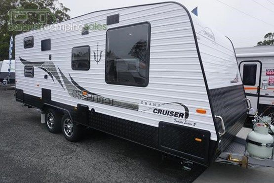 2015 Essential Caravans Grant Cruiser