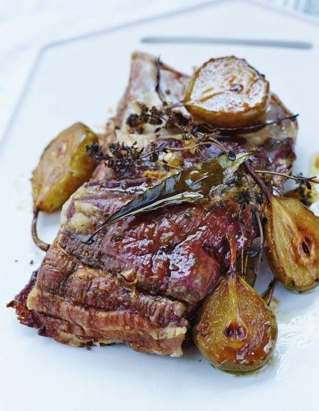 Porc très confit aux poires rôties pour 4 personnes - Recettes Elle à Table - Elle à Table