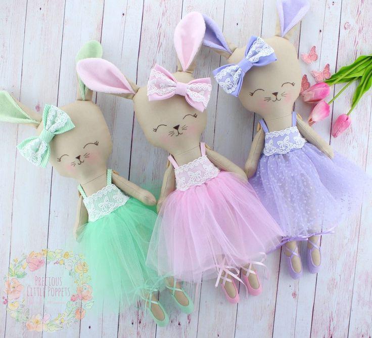 Precious Little Poppets – Little Dolls……BIG Wardrobes
