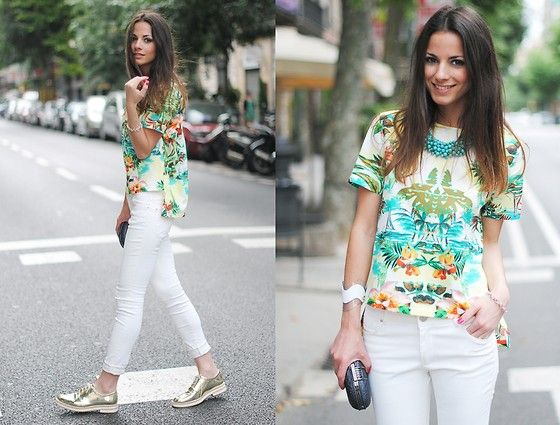 white jeans <3: Cute Tops, Aloha Shirts, Inspiration, Loose Top, Street Style, Pretty Things, Fashion Clothing Style, Street Styles, Tropical Prints