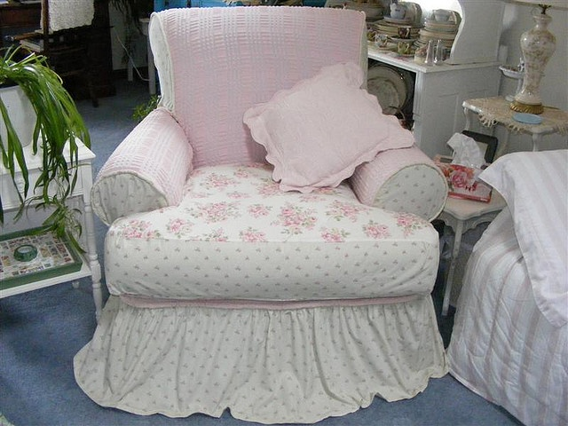 102 Best Images About Shabby Chic Sofa Slipcovers On Pinterest Chair Slipcovers Ottoman