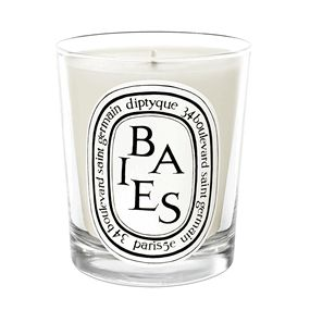 Baies Candle « Diptyque Fragrance « Mecca Cosmetica