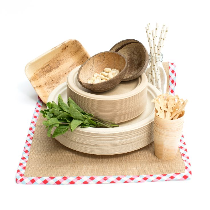 An extensive range of biodegradable tableware in a variety of sizes and materials.