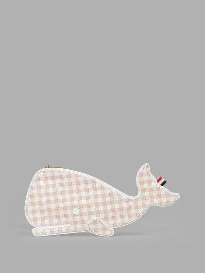 THOM BROWNE Thom Browne Women'S Pale Rose/White Checked Whale Clutch. #thombrowne #bags #clutch #hand bags #