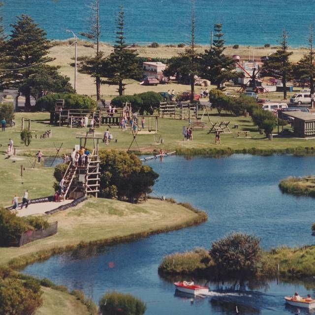 @warrnamboolcity: Lake Pertobe in #Warrnambool in the 1980s. Who remembers when it looked like this?