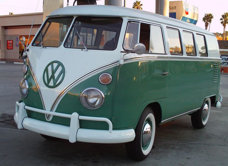 I NEED A:  VW Buses: 1967 Green and White VW Bus