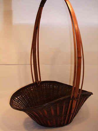 A Japanese bamboo Ikebana basket Meiji-Taisho period 1868-1926