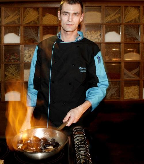 Konstantinos Boviatsis: Souse Chef at Armyra Restaurant
