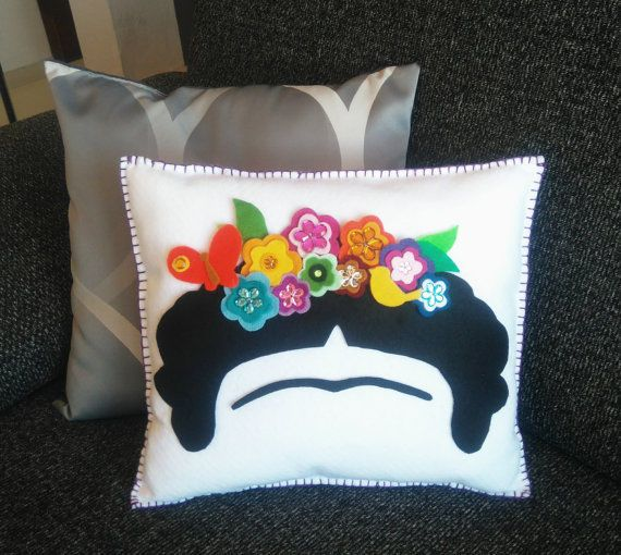 Decor Cushion Frida Kahlo, flower crown, Hand sewn pillow, Mexican felt #Ethnic