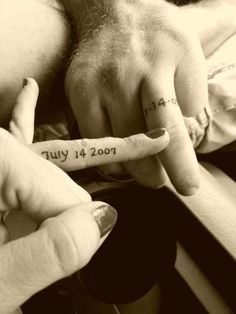 55 Wedding Band Tattoo Ideas To Rock | HappyWedd.com I think I want this. LOVE IT!!!