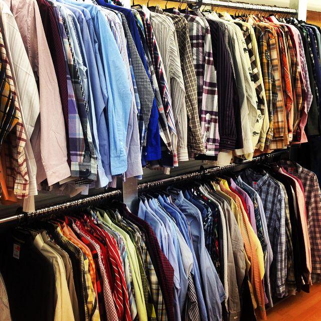 Inside Resales 🔊 Freizeit Hemden für Herren 👱🏻 👨🏻 👴🏻 Schon ab 9,90€ #hilfiger #hemd #sommertrend #ralphlauren #hugoboss #secondhand Jetzt in deinem Resales 🛍 https://www.resales.de