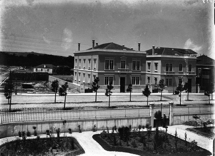 Av. Ant.º Maria Avelar (5 de Outubro), Lisboa (Col. E. Portugal, c. 1900)