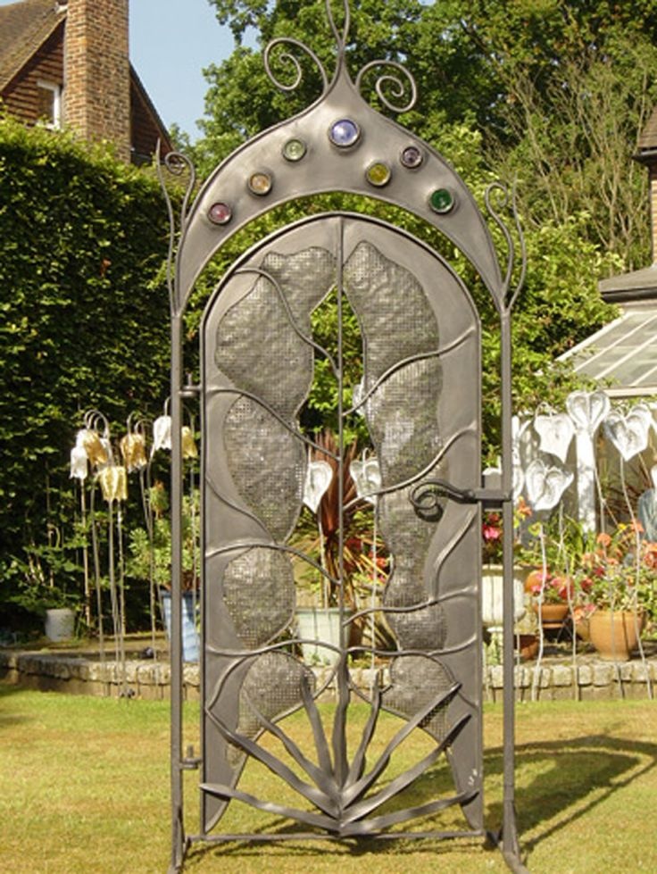 Superior Handmade Gates | Ornamental Gates | Artistic Garden Gate |