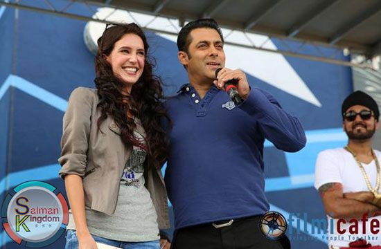 Check Out HD Pics : Salman Khan with Dr Cabbie Actress Isabelle Kaif | Salman Kingdom