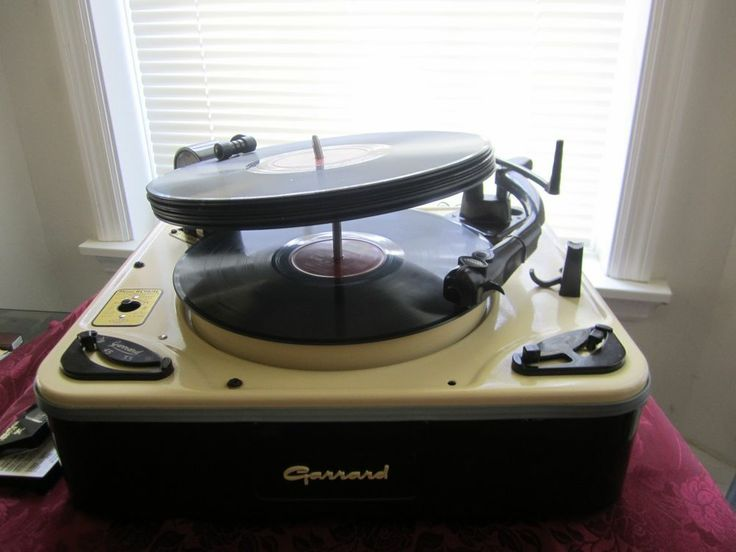 Beautiful Garrard RC 98-4L Stereo With Extras!! Restored! Works Great!!