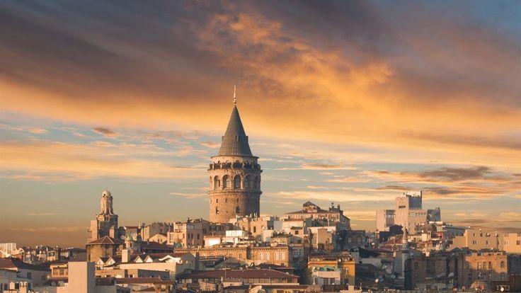 Lovely Sunset. Galata Tower