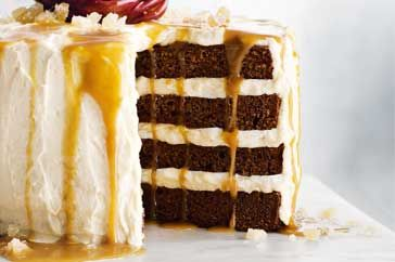 Gingerbread & Caramel Drizzle Cake