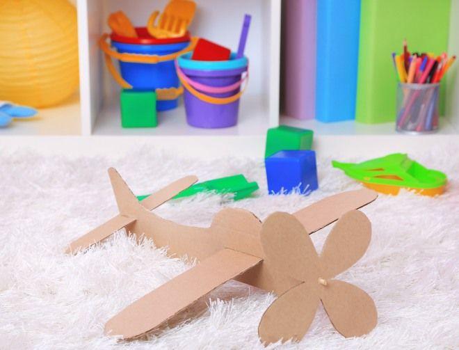 aereo-con-cartone-riciclato