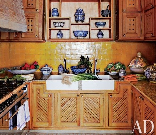241 best terracotta tile zellige images on pinterest for Moroccan kitchen ideas